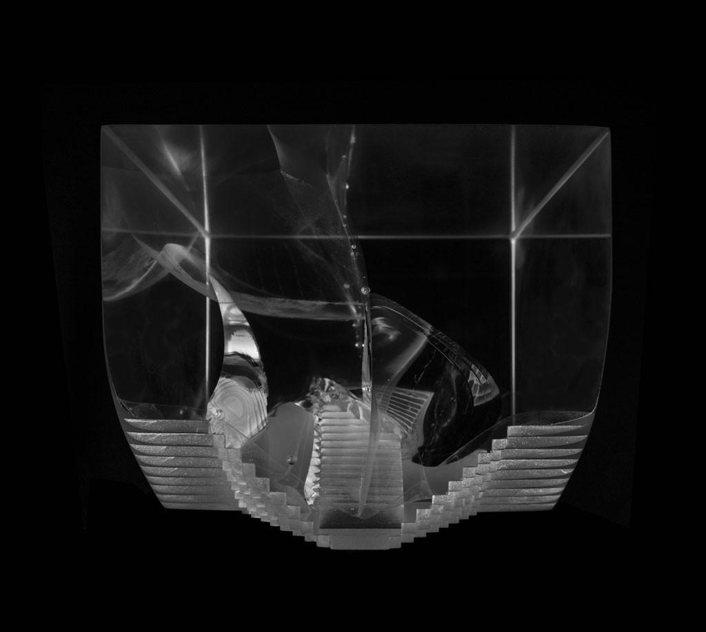 Wormhole optical glass sculpture by artist Anna Alsina Bardagi