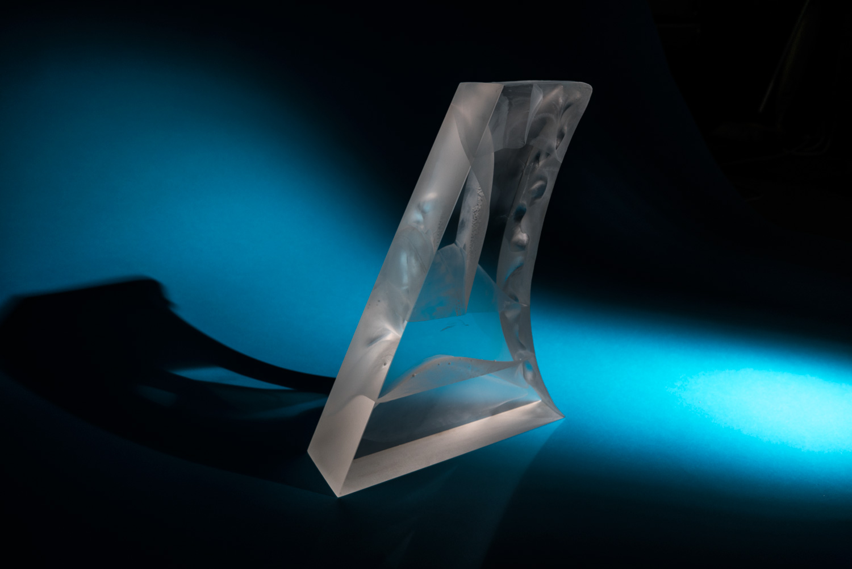 SAIL glass sculpture by Anna Alsina Bardagí
